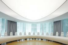 3D-verformter Corian-Tisch für BGV