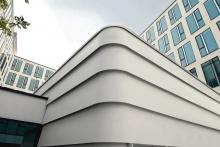 Funky Fassade mit Corian Außenverkleidung