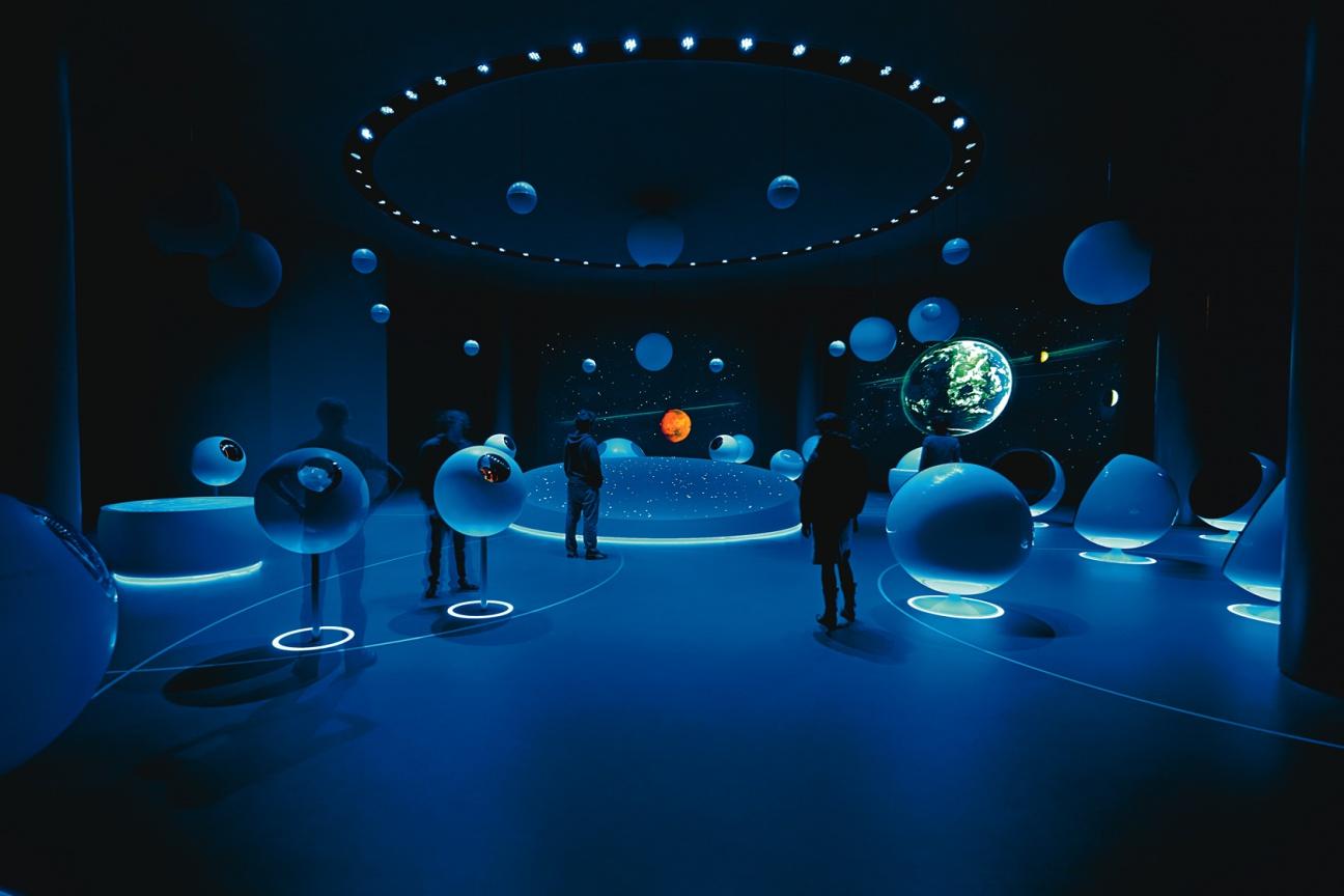 Hasenkopf-Projekt-Forschung-Ausstellung-Cern-Corian-Kugeln-06.jpg
