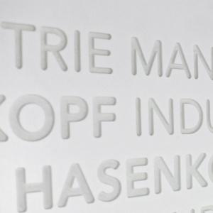 Frescata mit transparentem Harz vergossen