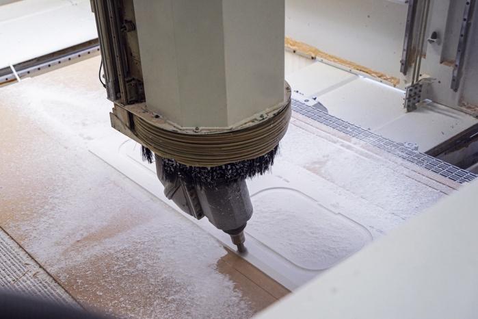 Baddesign-im-Privatbad-Making-of-Produktion-bei-Hasenkopf-CNC-Fräsung.jpg