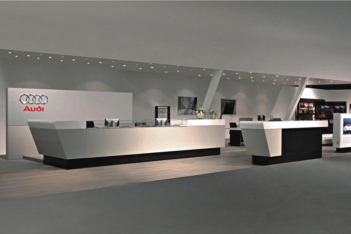 Hasenkopf Projekt Corian Möbel für Audi Ladenbau