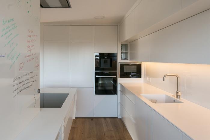 Küchen Arbeitsfläche Aus Mineralwerkstoff Von Hasenkopf
