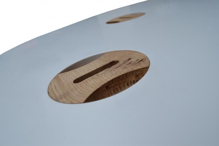 Tisch-Design mit Corian und Holz