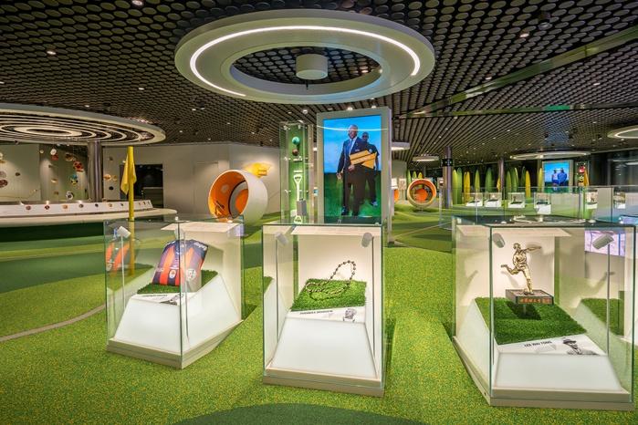 Hi-Macs Innenausbau FIFA-Museum Barth