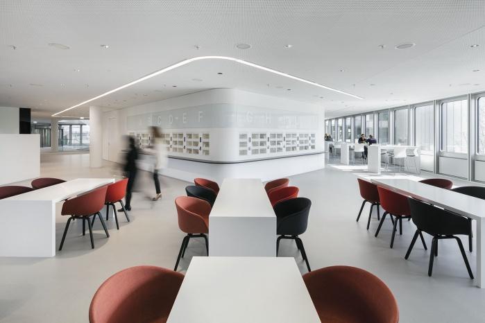 Foodcourt im HVB-Tower München