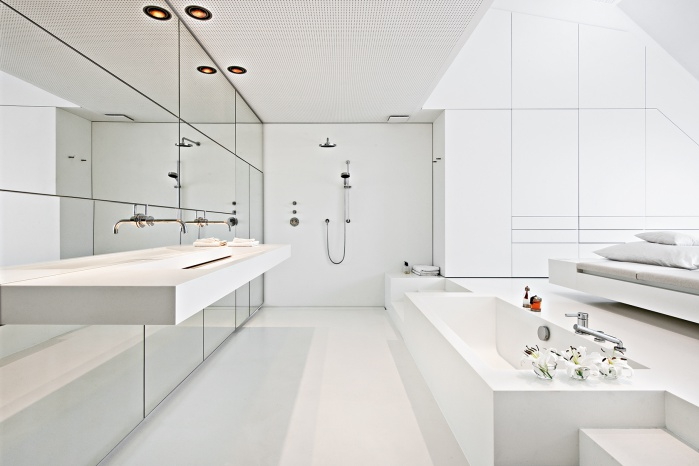 Waschtisch und Badewanne von Hasenkopf