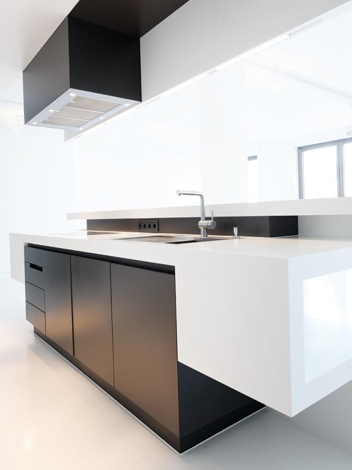 Küchen-Arbeitsfläche mit integrierter Spüle