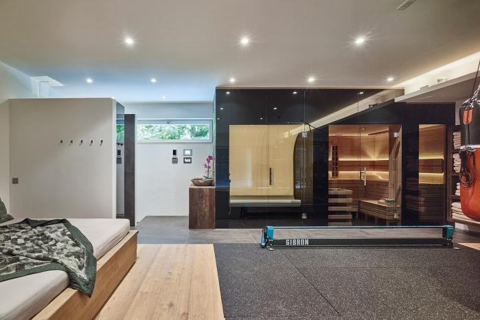 Wellnessoase mit Dampfbad und Sauna