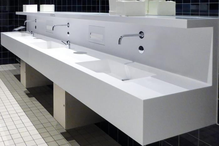 Lindt-Home-of-Chocolate-Waschtischanlage-Sanitaer-fugenlos-Becken.jpg