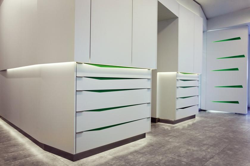 Parapan Innenausbau für Denta-Care