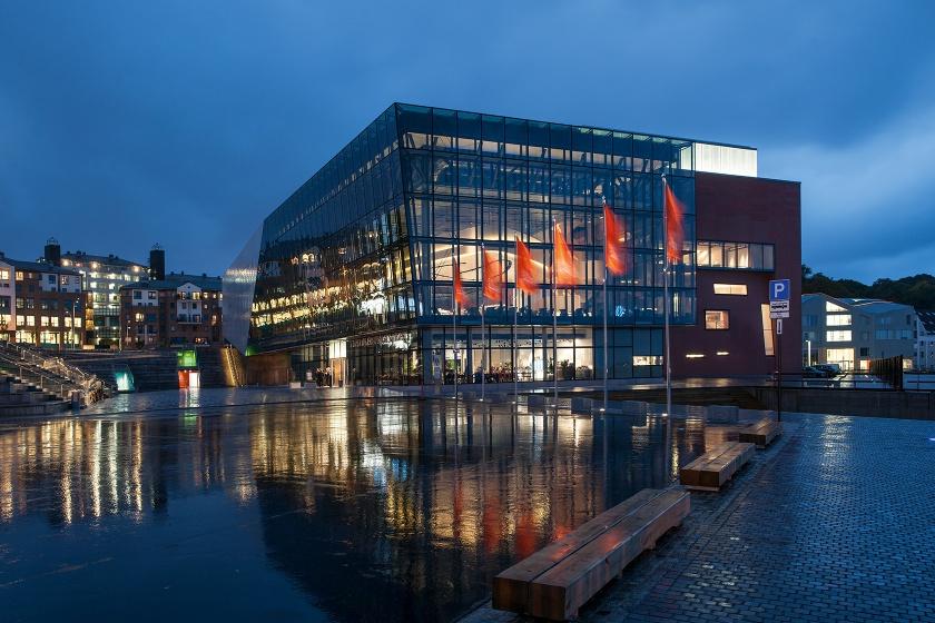 Hasenkopf Projekt Corian Decke für Konzerthaus Stavanger