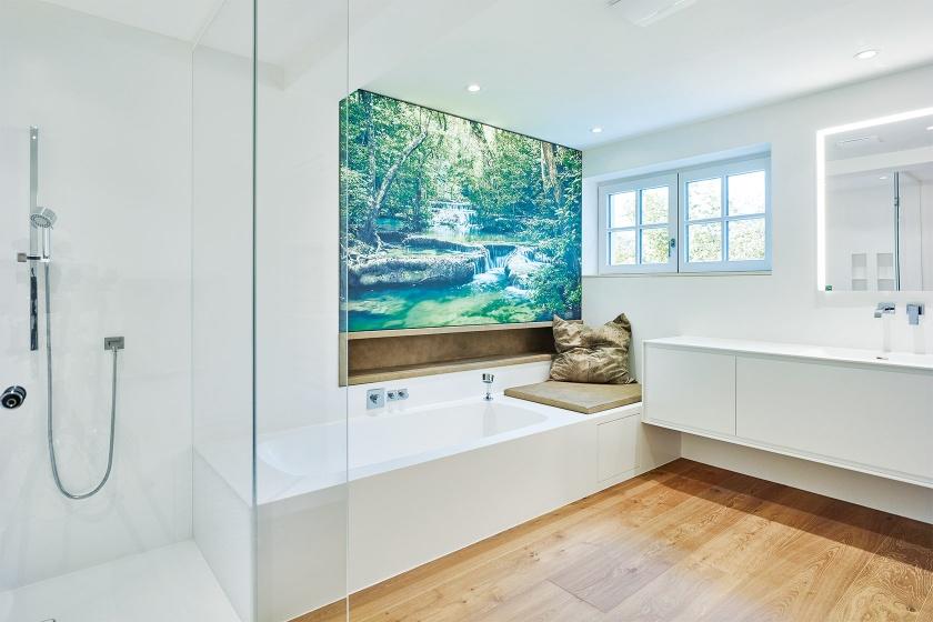 Badezimmer mit Corian-Möbel