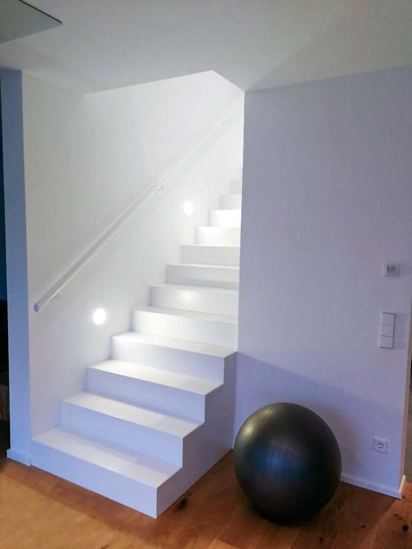 Wiehl Solid Surface Treppe